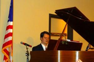 2015-11-29 Peter @ the Piano Carols Concert